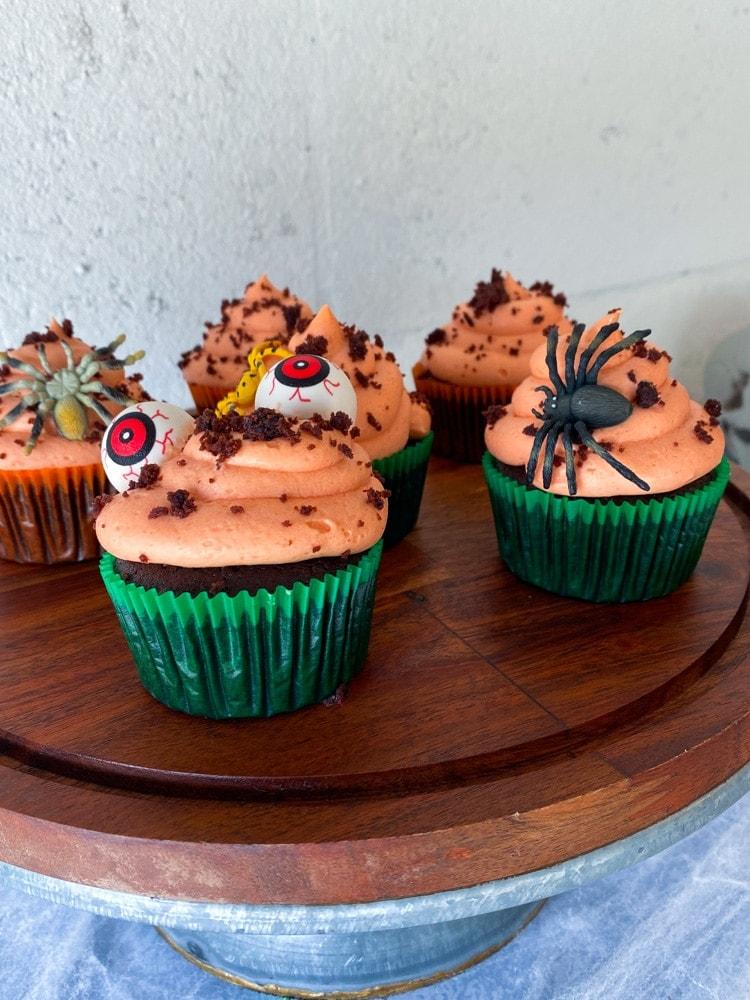 Dark Chocolate Peanut Butter Cupcakes
