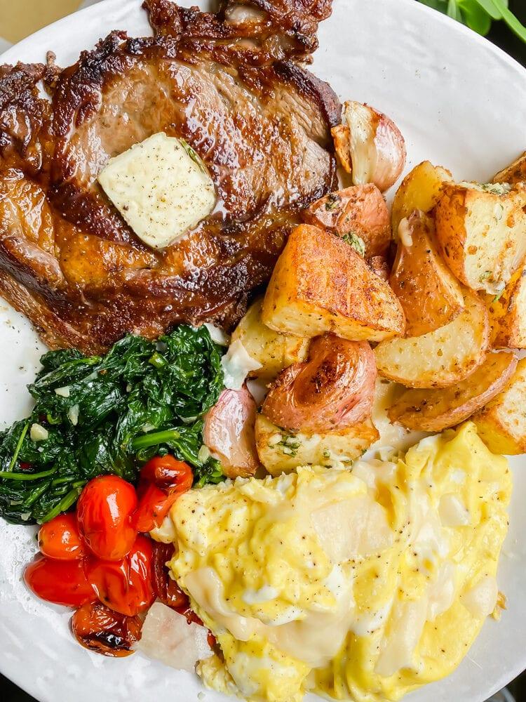 breakfast steak and eggs
